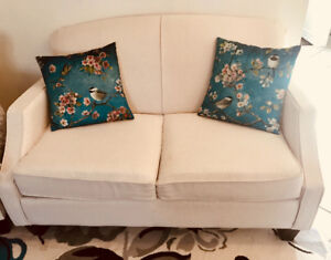 Loveseat from Leons furniture in EXCELLENT CONDITION!!!
