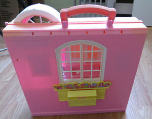 Barbie foldable house