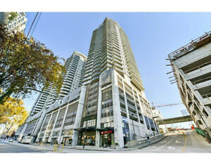 Downtown New West Super 1BR, on 32 fl with View, Skytrain, Jan 1