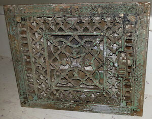 ANTIQUE CAST IRON GRATE VENT WORKING / COMPLETE