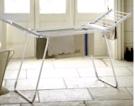 Drysoon Electric plug in clothes laundry airer from Lakeland