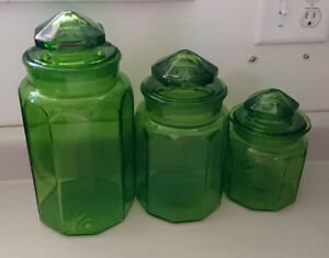 Vintage Emerald Green Glass Canister Apothecary Jars Set