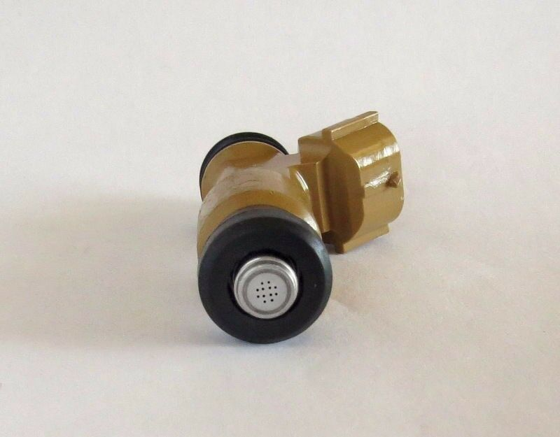 Genuine Denso Fuel Injector For Subaru Legacy Outback Impreza Forester 842-12338