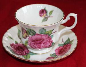 ROYAL ALBERT TEA CUPS & SAUCER'S
