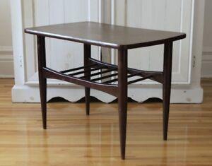 Table d'appoint rétro