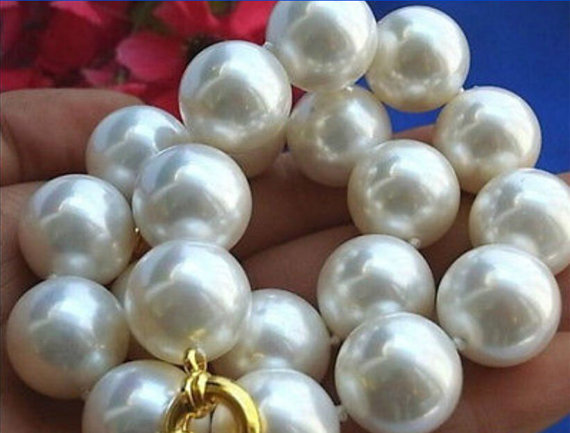 Shell pearl 16mm earrings natural charming earbob 18k gold TwoPin gorgeous