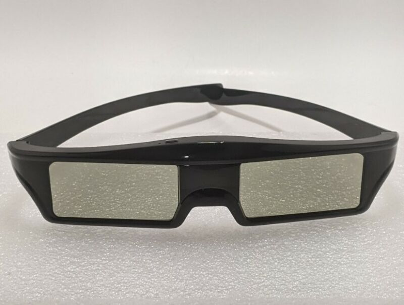 EPSON 3D GLASSES with Rechargeable Cord Cleaning Cloth & Instructions Pamphlet