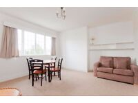 ARMITAGE ROAD NW11: ONE BEDROOM FLAT - TOP FLOOR - AVAILABLE NOW - FURNISHED - NEW CARPETS