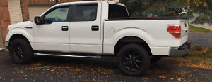 2013 Ford F-150 SuperCrew XLT Pickup Truck