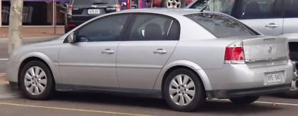 Holden Vectra cheap parts wrecking******2004 2005 cd wrecking
