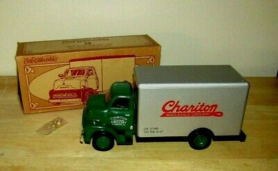 ERTL 1953 FORD C-500 CHARITON IA WHOLESALE GROCERY COIN BANK w KEY
