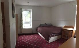 LARGE MASTER Bedroom in Tower Bridge ALL BILLS INCLUDED
