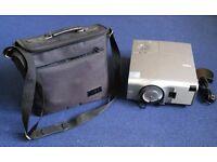 NEC VT440K Projector