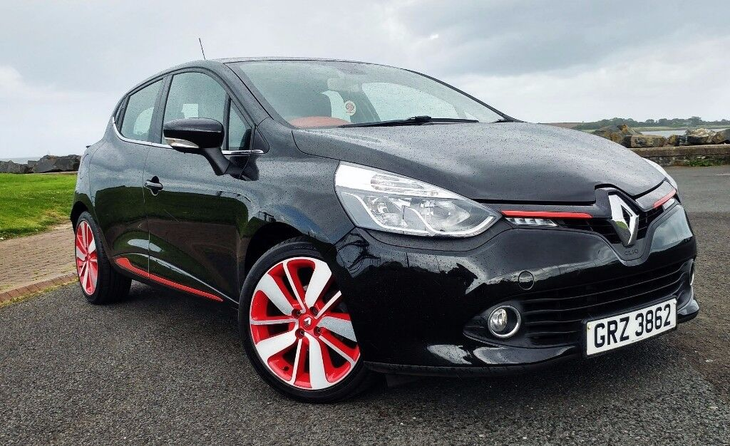 Renault Clio 1.5 dCi Energy Dynamique S MediaNav 5dr (start/stop) **£0 road tax** 80+ mpg LADY OWNER