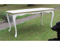 Traditional Coffee/Occasional Table