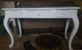 French style white dressing table