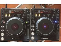 Pair of Pioneer CDJ-1000MK2 Turntables