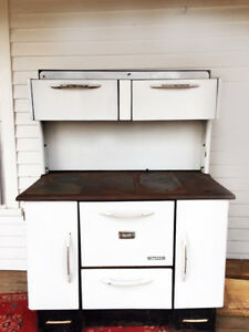 Wingham White Cast Iron Cook Stove