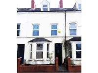 4 Bedroom Belmont Avenue. Available immediately £650