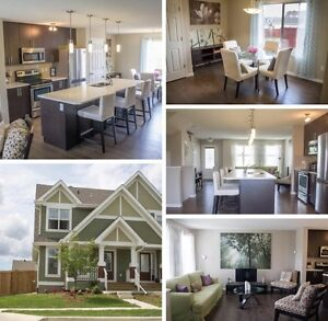 Gorgeous Summerside Home For Sale! HUGE Yard and Modern Upgrades