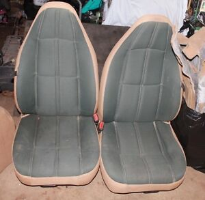 2 Sets of Jeep TJ Sahara Version Seats 99 & 2003 style