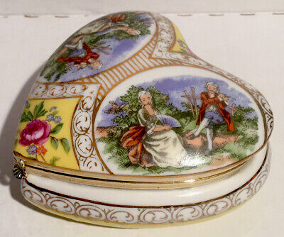 Vintage Porcelain Heart Jewelry Trinket Box Valentines Day Courting Couple Roses