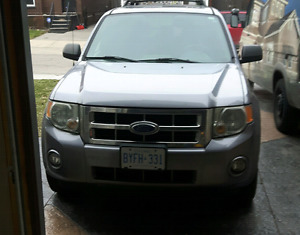 2008 ford expect xlt fully loaded!!