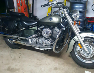 01 yamaha vstar 650 LOW k 23,000 MINT
