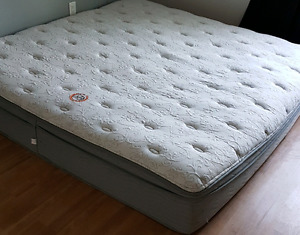 Mattress king beauty rest with leather contour and head