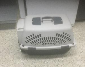 Cage de transport pour chien (ou chat)