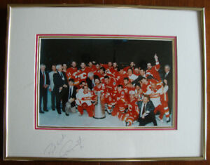 AUTOGRAPHED 1989 STANLEY CUP CHAMPION CALGARY FLAMES
