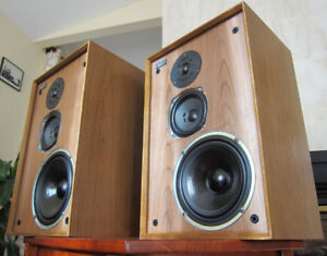 CLASSIC CELESTION DITTON 22 SPEAKERS  ENGLAND !