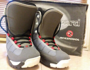 WOMAN,S NEW PROFESSIONAL SNOWBOARDING BOOTS