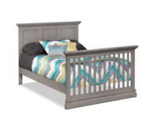 New Double Bed/Crib