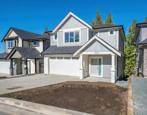 BRAND NEW HOMES AVAILABLE on Promontory!
