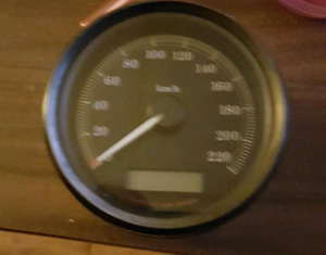 09 sporster Speedo low k no scratches have wire to calabrate