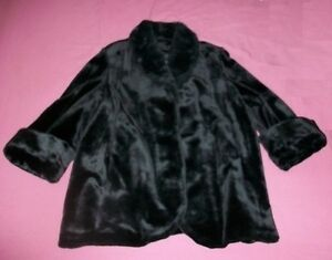 Lovely Ladies Winter Coat -  like new, size 3X