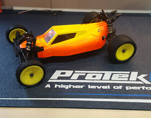 X RAY XB2 2wd Buggy