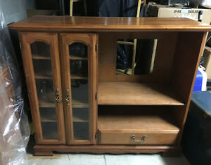 Beautiful TV Cabinet MUST SELL NO REASONABLE OFFER REFUSED