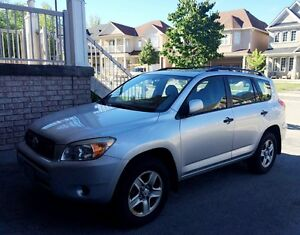 2007 Toyota RAV4, V6,  E-test and Certified, with winter tires!