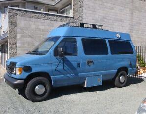 VAN - Ford Econoline E250