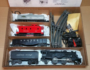 "Vintage Lionel No. 1113 ""Scout Freight"" Train Set"