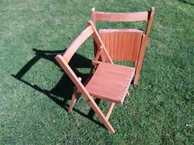Folding chairs in solid beech wood, vintage 50s, 60s.