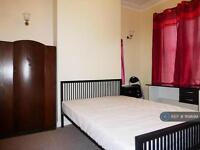 1 bedroom in Manor Oaks Road, South Yorkshire, S2