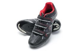 DHB R1.0 Road cycling shoes & Simano Pedals