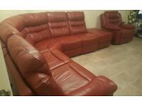 RED MARS CORNER GROUP AND SINGLE ELECTRIC RECLINER FROM SCS+5 YEAR SOFA GUARD,BRAND RRP £4998