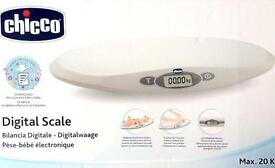 Chicco 05577 Digital Electronic Scales and Ergonomic