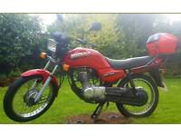 Honda CG125 124cc Red Very Low Mileage MOT