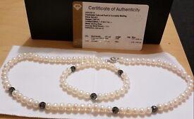 Pearl Necklace & Bracelet set