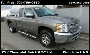 2013 Chevrolet Silverado 1500 LS Ext Cab $15/Day - V8 4x4, Hitch